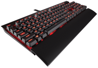 Клавиатура Corsair Gaming™ K70 LUX Mechanical Gaming Keyboard - Red LED -Cherry MX Red) NA