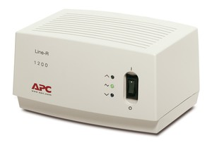 Line-R 1200VA Power Conditioner