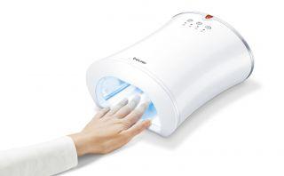 Beurer UV лампа за сушене на маникюр, с таймер 90/120сек., огледална повърхност, 3 режима на работа (UV светлина, вентилатор, UV светлина с вентилатор)
